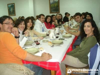 Después de la aventura la buena cena; clubs senderismo madrid